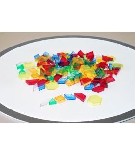 Zestaw przeźroczystych brył geometrycznych