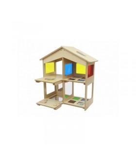 Drewniany domek sensoryczny