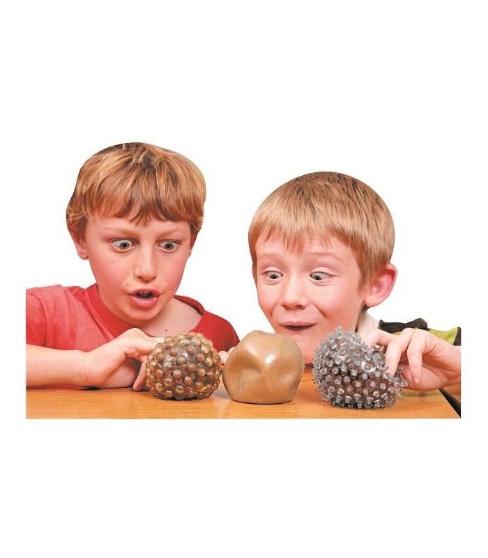 Trzy sensoryczne piłki